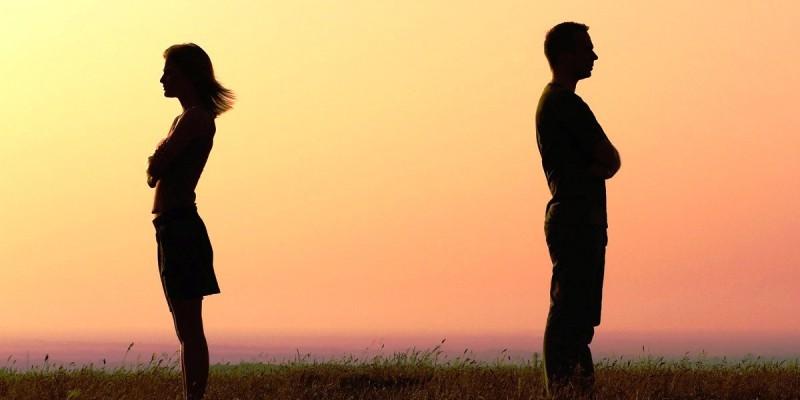 Thế nào là yêu và chia tay văn minh?