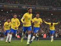Clip: Ghi bàn từ chấm 11m, Neymar giúp Brazil nối dài mạch thắng