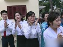 KCTV: Người Triều Tiên ở Hà Nội khóc nức nở khi gặp ông Kim Jong Un