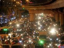 Cấm xe máy đường Lê Văn Lương: Phi thực tế, sao họ làm được