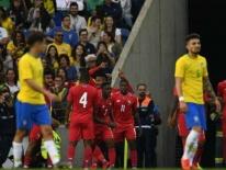 Vắng Neymar, ĐT Brazil bị 'nhược tiểu' cầm hòa