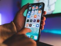 Ác mộng 5G sẽ còn kéo dài vài năm với Apple