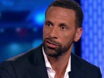 Huyền thoại MU sỉ nhục cầu thủ Barca sau thất bại