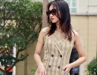 Váy kẻ plaid - Xu hướng cho nàng công sở sành điệu vào hè