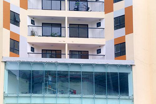 Chung cư ở Hà Nội bị đề nghị cắt điện nước do vi phạm PCCC - 1