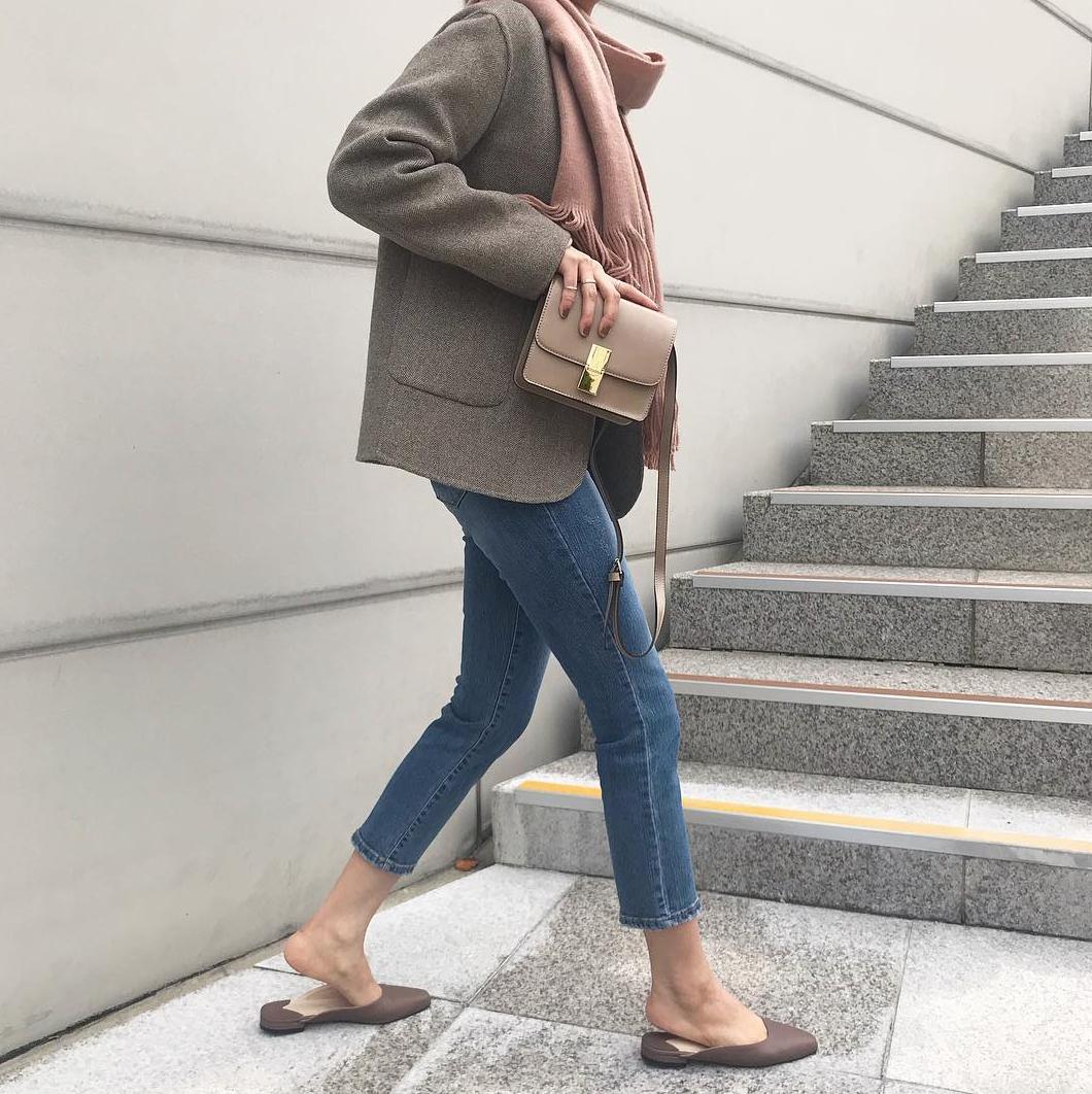 Jeans + blazer: Có 3 tips để giúp bạn trông thanh lịch hơn khi mặc bộ đôi này - 4