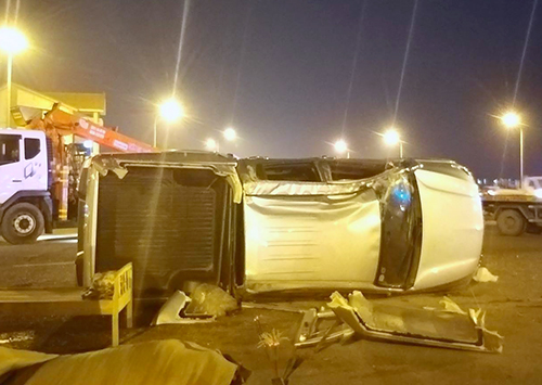 Xe bán tải lộn nhiều vòng, tài xế văng ra ngoài tử vong
