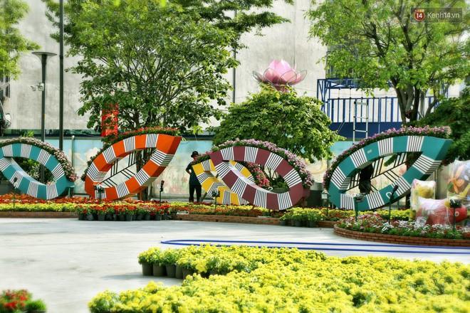 Cận cảnh đường hoa Nguyễn Huệ ở Sài Gòn trước giờ khai mạc đón Tết Kỷ Hợi 2019 - 4
