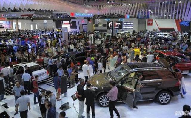 Thị trường ôtô Việt Nam có thể biến động mạnh khiến giá xe tăng - 1