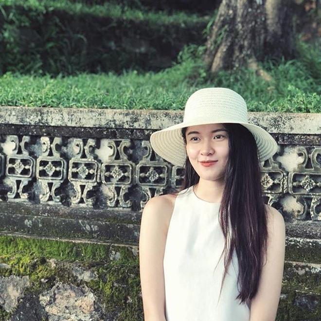 Dàn hoa khôi ĐH Ngoại Thương TP.HCM: Toàn Á hậu, người đẹp, người mẫu - 8