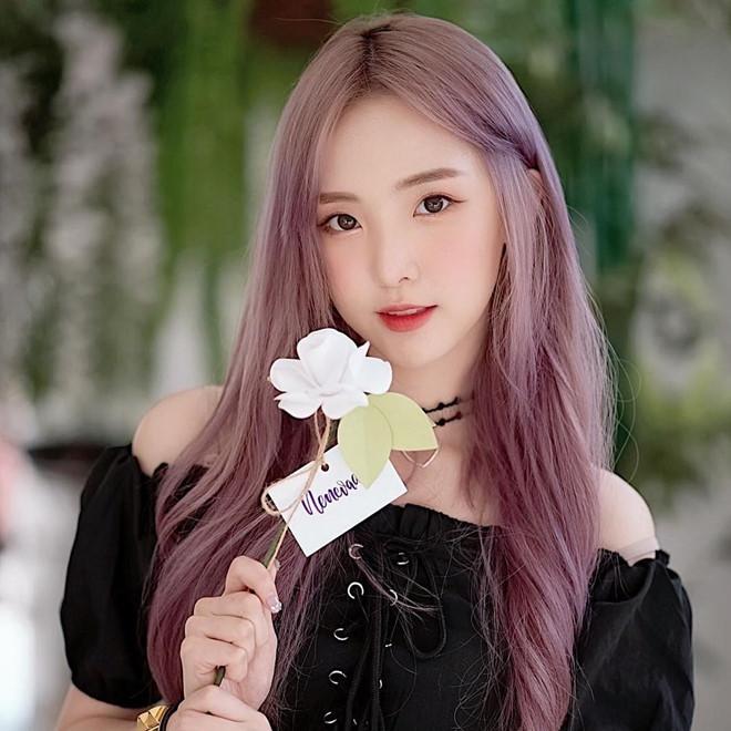 5 hot girl ngoại quốc nổi đình đám ở Việt Nam nhờ xinh đẹp, gợi cảm - 8