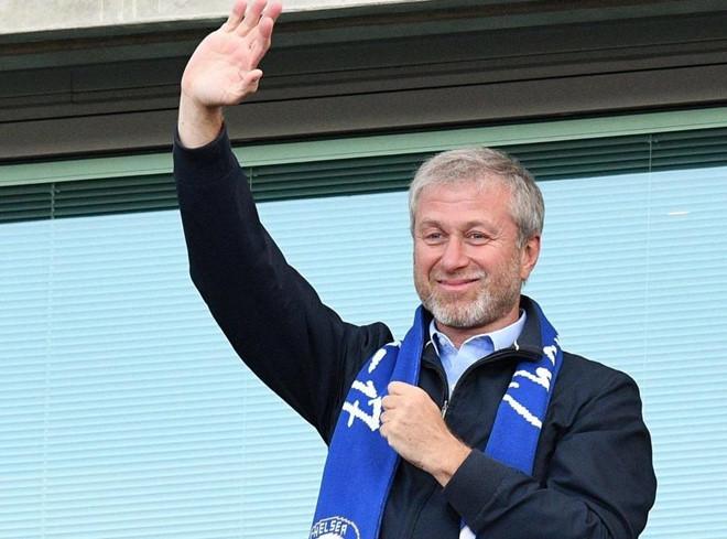 Tỷ phú Abramovich thiệt hại nặng vì 'lò xay HLV' của Chelsea