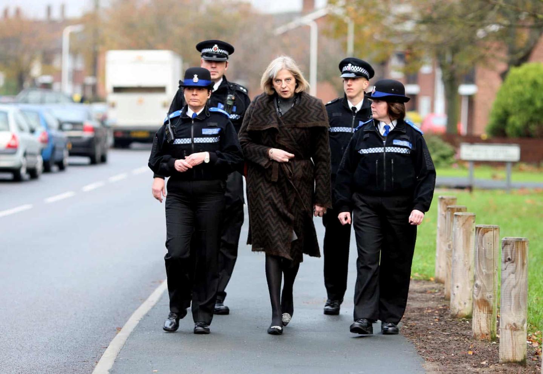 Brexit và dấu chấm hết cho sự nghiệp 20 năm của nữ thủ tướng Anh - 3