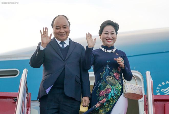 Thủ tướng Nguyễn Xuân Phúc đến Oslo, bắt đầu thăm chính thức Na Uy