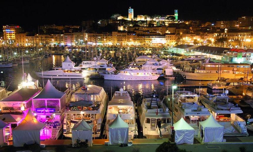 Tiệc tùng ở Cannes - nơi vung tiền để thác loạn với ma túy và gái điếm - 2