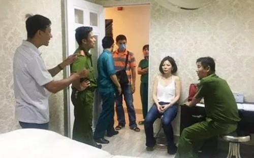 Ông Chiêm Quốc Thái nộp đơn yêu cầu khởi tố bác sĩ Trần Hoa Sen