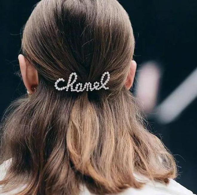 3 kiểu tóc buộc vội cũng đẹp mê ly, chị em công sở ngại gì mà không thử luôn - 3