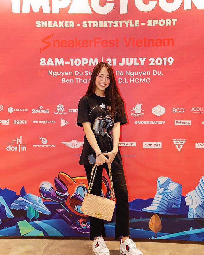 3 ái nữ 'cành vàng lá ngọc' nhà đại gia Việt: Thay đồ hiệu như thay áo, xách túi hiệu như xách giỏ đi chợ mỗi ngày - 23
