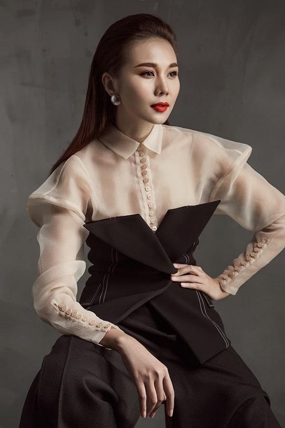 Fans xếp top những sao nữ 'lão hoá ngược', gây tranh cãi nhất là Hồ Quỳnh Hương - 4