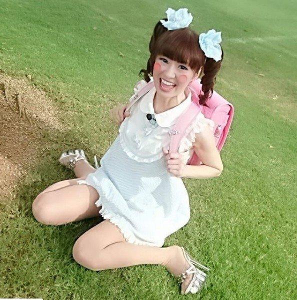 Thánh nữ cosplay Sayuri Ozaki và bí mật động trời không thể tin nổi - 3