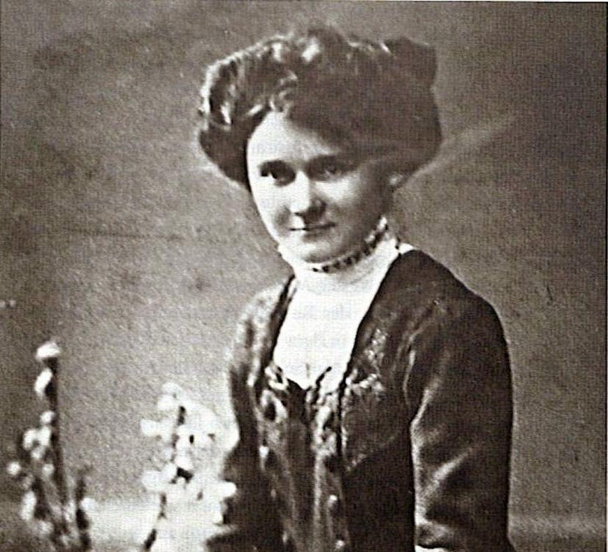 Tiết lộ cuộc đời của em gái trùm phát xít Hitler sau Thế chiến II