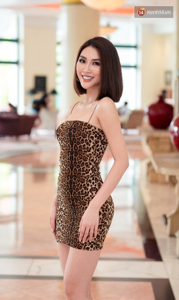 Body 'mướt mắt', Á quân The Face Tường Linh vẫn bị chê catwalk như đi chợ tại sơ khảo Hoa hậu Hoàn vũ Việt Nam 2019 - 3
