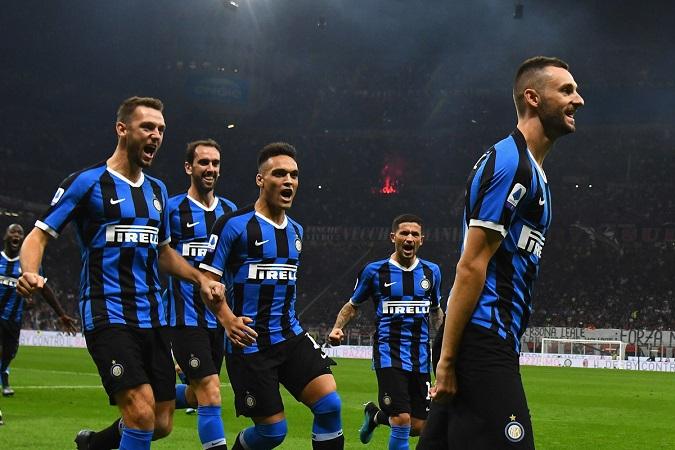 Lukaku nổ súng, Inter đánh bại AC Milan và trở lại ngôi đầu