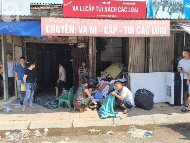 Hà Nội: Cháy chợ Tó ở Đông Anh, hàng trăm tiểu thương hoảng loạn sơ tán của cải - 4