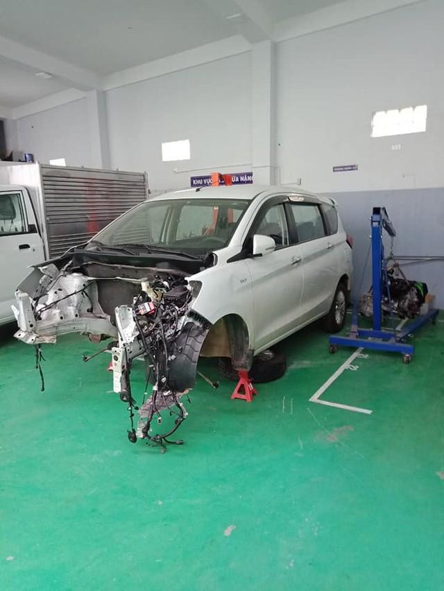 Chủ xe Ertiga tố đại lý Suzuki 'lừa tiền gửi xe' và bảng báo giá sửa chữa gần 300 triệu đồng gây choáng