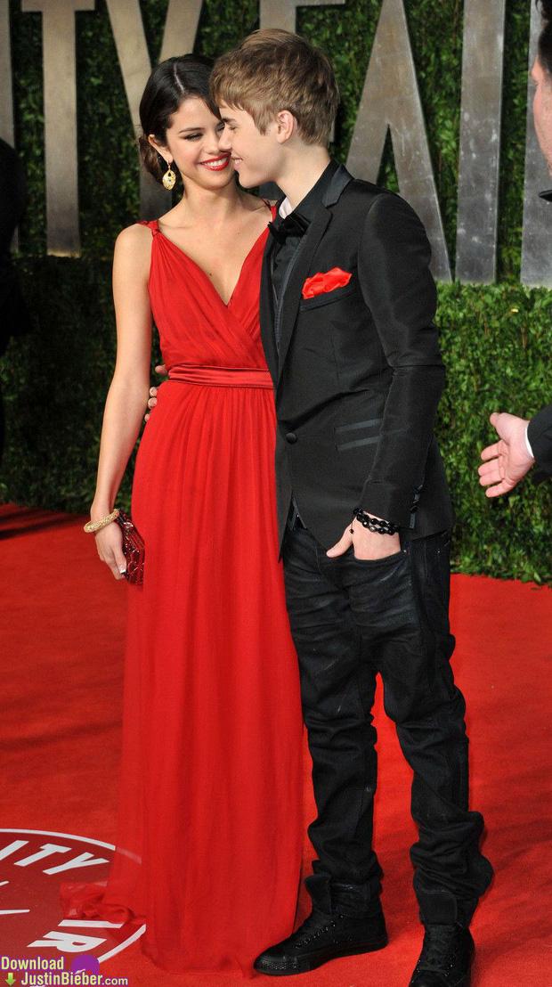 Dàn 15 bóng hồng đi qua đời Justin Bieber: Selena chưa phải sexy nhất, từ 'nàng thơ Sơn Tùng' đến siêu mẫu đều cực phẩm - 2