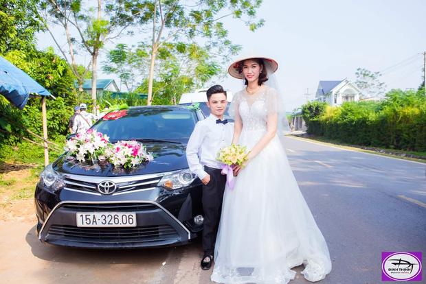 Cưới cô dâu cao gần 2m, chú rể 1,4m gây chú ý nhất MXH tiết lộ: 'Em vợ thách đố thì mình tán thôi' - 4