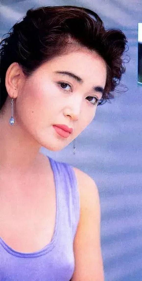 Chiêm ngưỡng nhan sắc thời trẻ của Ôn Bích Hà để thấy đẳng cấp của 'Đát Kỷ đẹp nhất màn ảnh Hoa ngữ' - 8
