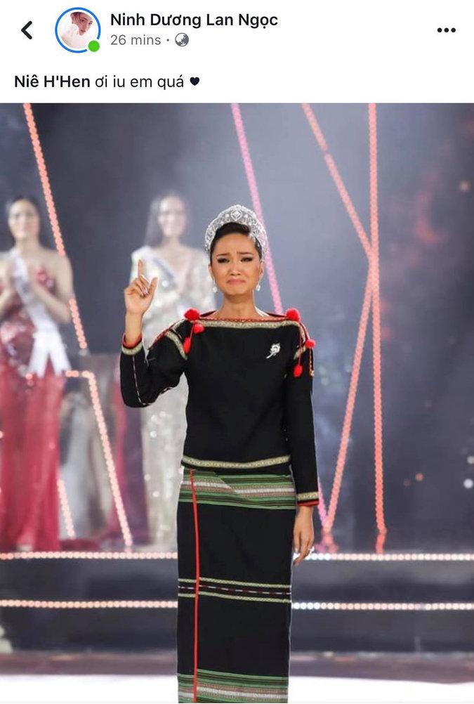 Sao Việt, dân mạng xúc động với hình ảnh H'Hen Niê đi chân trần, mặc trang phục Ê Đê trong giây phút cuối đương nhiệm HHHV Việt Nam - 9
