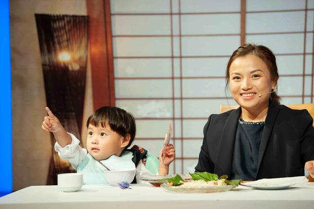 Bị ám ảnh vì mất con nhiều lần, Quỳnh Trần JP thức nhiều đêm trông chừng khi bé Sa mới chào đời - 5