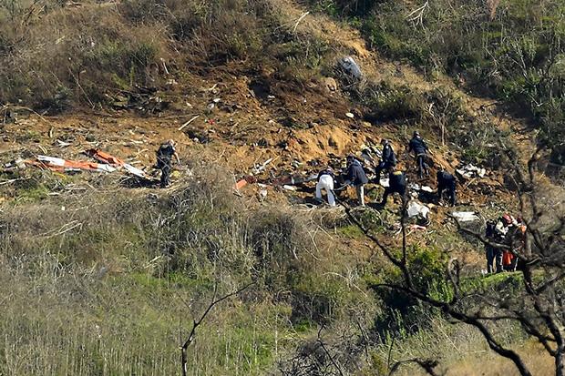 Đã tìm thấy thi thể của Kobe Bryant cùng 2 nạn nhân, hình ảnh chiếc trực thăng trước khi gặp tai nạn được tiết lộ - 2