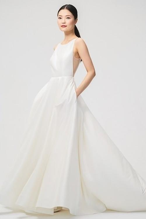 Tóc Tiên diện váy siêu tối giản trong ngày cưới - 3