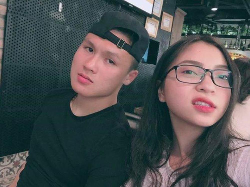 HOT: Quang Hải và Nhật Lê bị bắt gặp hẹn hò đi ăn cực tình cảm, nghi vấn đã 'nối lại tình xưa'? - 1