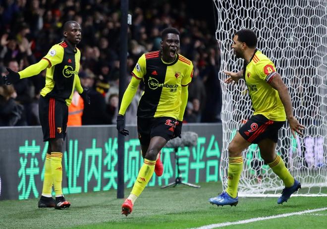Thảm bại 0-3 trước Watford, Liverpool đứt mạch bất bại theo cách khó tin - 1