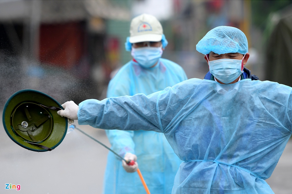 Việt Nam có thể xuất hiện thêm ca mắc Covid-19 trong cộng đồng - 2