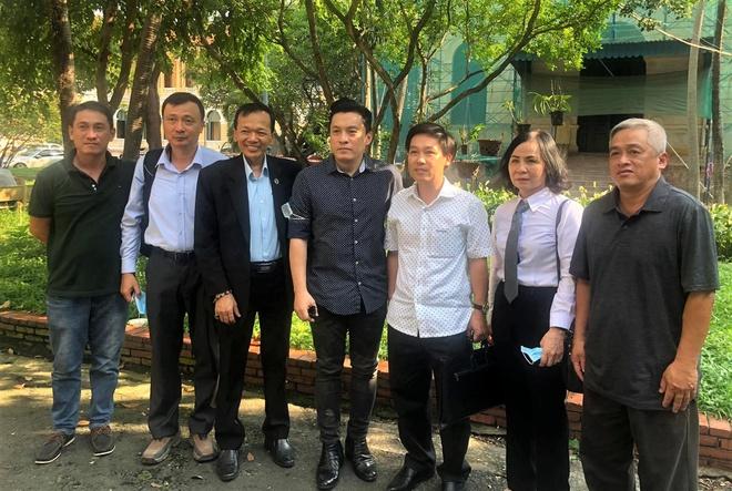 Ca sĩ Lam Trường nhập viện - 1
