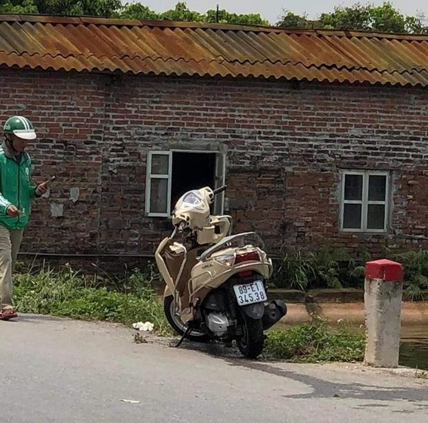 Hưng Yên: Phát hiện thi thể người mẹ đơn thân cùng xe máy dưới ao sau buổi liên hoan - 1