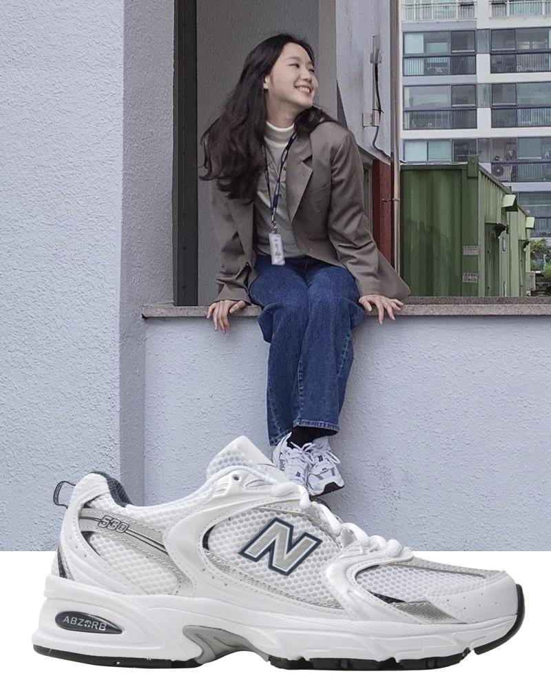 Kim Go Eun lăng xê loạt sneaker bình dân trong Quân Vương bất diệt - 6