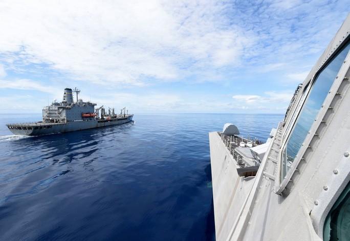 Mỹ tập trận rầm rộ ở biển Đông, gửi cảnh báo đến Trung Quốc - 10