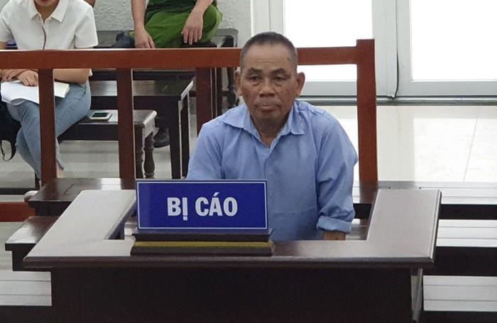 Bị lừa dối, người đàn ông U70 'xuống tay' tàn bạo với… con trai