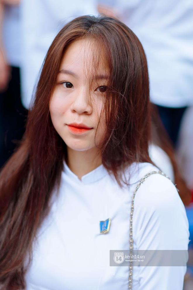 Đặc sản gái xinh Phan Đình Phùng (Hà Nội) lại khiến dân tình ngẩn ngơ trong lễ bế giảng - 5