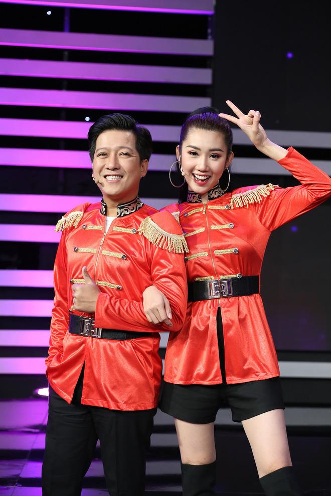 Hội sao nam Vbiz khác hẳn sau kết hôn: Ông Cao Thắng đánh dấu chủ quyền cực căng, Trường Giang thay đổi thái độ với đồng nghiệp nữ - 5