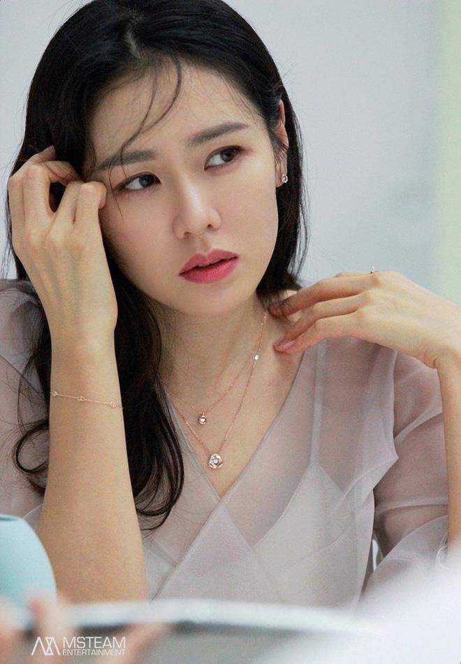 Thế Giới Hôn Nhân phiên bản 'chuyển giới' có gì: Chị đẹp Son Ye Jin được chọn làm kẻ phản bội trăm nghìn người ghét - 3