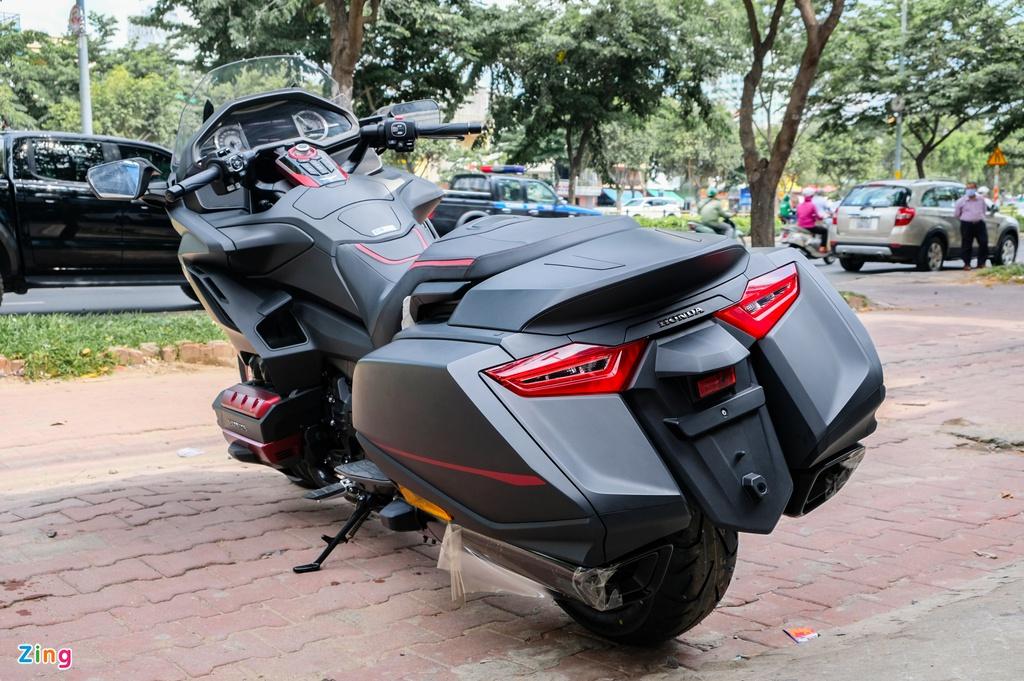 Chi tiết Honda Gold Wing F6B 2020 giá hơn 1 tỷ đồng tại Việt Nam - 2