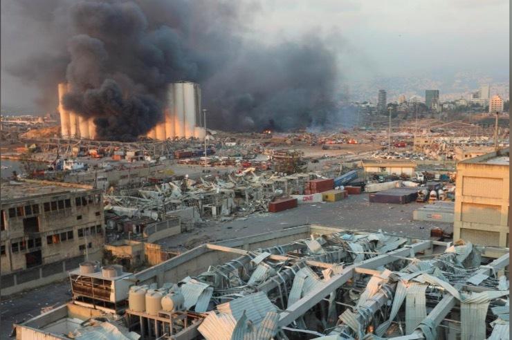 Video quay chậm ghi lại làn sóng huỷ diệt từ vụ nổ Beirut