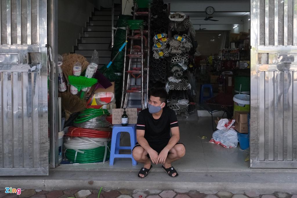 Phong tỏa quán bia Lộc Vừng, nhiều hàng quán xung quanh đóng cửa - 6